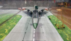 Модель самолета Т-4