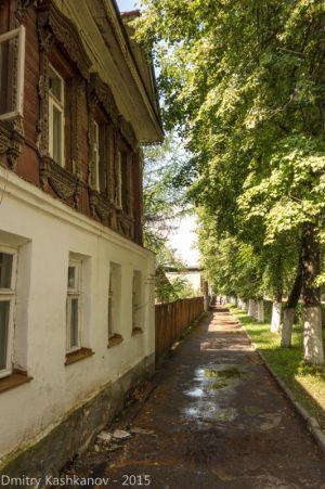 Улица Ленина в Суздале. По дороге в Спасо-Ефимьев монастырь