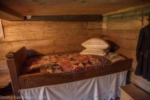 кровать хозяина дома