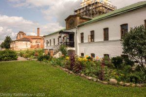 Ризоположенский женский монастырь. Это здание самого монастыря