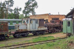 Музей паровозов в Переславле-Залесском. Состав из старых узкоколейных локомотивов