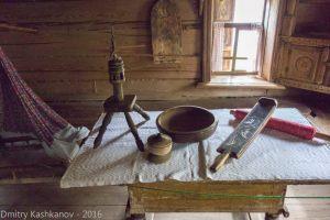Старинная утварь. Музей деревянного зодчества. Нижний Новгород.
