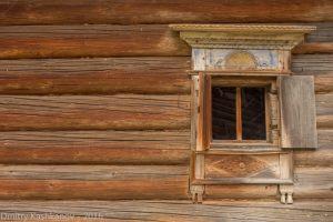 Изба Обуховой. Окно