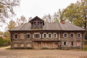Дом Павловой - вид спереди
