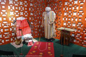 Одежда волжских булгар. Памятный знак. Экскурсия из Казани в Болгар