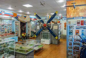 Воздушный винт самолета Ан-2. Музей истории гражданской авиации