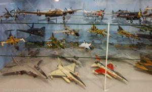 Модели самолетов в музее истории авиации