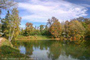 Нижний пруд усадьбы. Вид с плотины