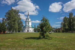 Успенская церковь около усадьбы Пушкина. Большое Болдино