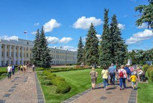 Административная площадь Нижегородского кремля