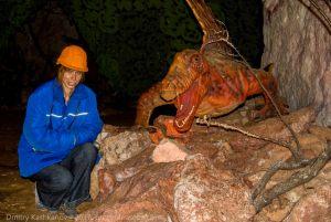 Пешелань. Экскурсия в зал динозавров