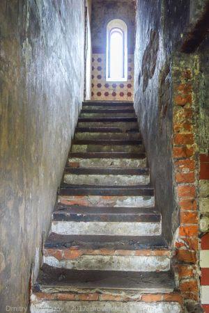 Водонапорная башня. Лестница на 3 этаж