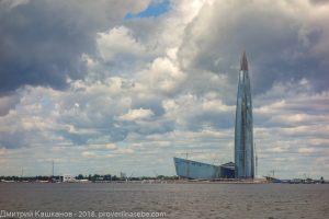 Здание Лахта-центра. Достопримечательности Санкт-Петербурга с воды