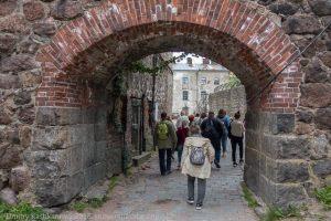 Арка для входа на внутреннюю территорию Выборгского замка