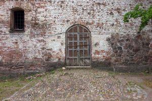 Выборгский замок. Внутренний двор. Старые ворота