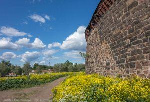 Древние стены Выборгского замка